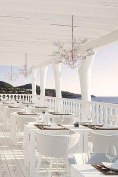Cotton Beach Club, Ibiza beach restaurant - Cala Tarida