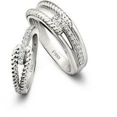 Exchange wedding vows with precious Platinum Love Bands - The Times of India