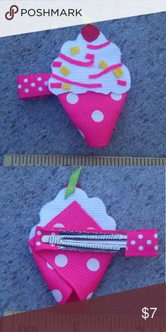 Cupcake handmade boutique hair clip Brand-new handmade boutique hair clip Accessories Hair Accessories