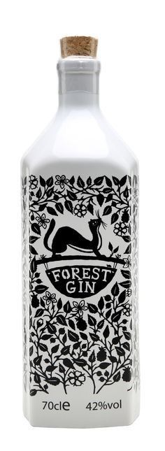 I like this intricate design. I think this would work well if you had a forrest / harvest style theme? Forest Gin i like the look of this bottel becous of the wesil Food Branding, Food Packaging Design, Packaging Design Inspiration, Brand Packaging, Beverage Packaging, Bottle Packaging, Gin Brands, Gin Bottles, Gin And Tonic