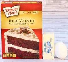 Take your favorite cake and magically shrink it into some insanely delicious cookies! This cleverRed Velvet Cookies Recipe is the ultimate party cookie!