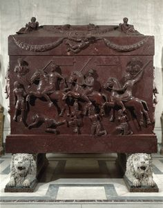 Porphyry sarcophagus of St Helena, Vatican Museums, Rome. Early Christian, Christian Art, Ancient Rome, Ancient Art, Famous Historical Figures, Roman Sculpture, Mesoamerican, Roman Art, Classical Art
