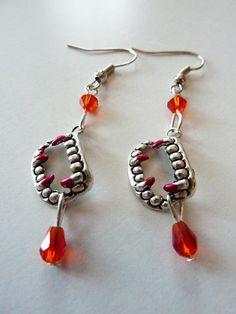 Carmilla vampire fangs earrings