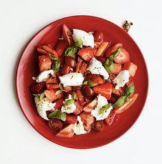 Caprese Salad, Cobb Salad, Mozzarella, Feta, Salsa, Vegetables, Ethnic Recipes, Vegetable Recipes, Salsa Music