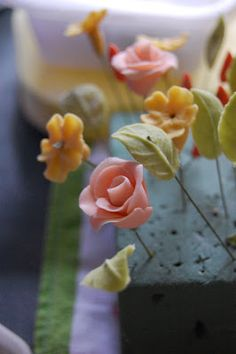 Happy Love Strawberry: Sugarcraft Flowers 101: Raindrops On Roses