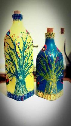 Arvoreira. Acrílica + Caneta Posca sobre garrafa de vidro. Tabu.