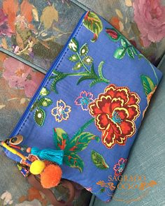 Marvelous Make a Hobo Bag Ideas. All Time Favorite Make a Hobo Bag Ideas. Diy Clutch, Embroidery Bags, Fabric Purses, Fabric Art, Purses And Bags, Diy And Crafts, Sewing Projects, Knitting, Handmade