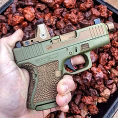 RAE Magazine Speedloaders will save you! Weapons Guns, Guns And Ammo, Airsoft, Gun Art, Assault Rifle, Cool Guns, Tactical Gear, Firearms, Hand Guns