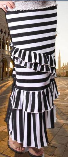 My dream skirt! Modest Dresses, Modest Outfits, Modest Fashion, Skirt Fashion, Fashion Outfits, Womens Fashion, Long Dresses, Apostolic Clothing, Apostolic Fashion