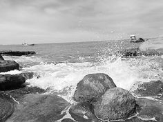 Pernambuco em preto e branco. Belezas do Nordeste brasileiro #brasil #brazil #pernambuco #recife #praia #black&white