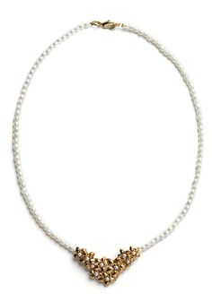 This is such a pretty necklace I found on ModCloth's website.