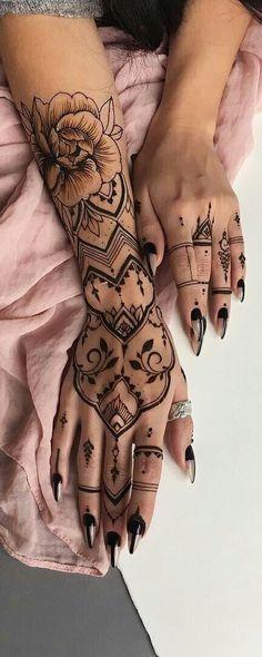 Flowers Pattern Tattoo Henna Mehndi 51 New Ideas - { Flowers } - Henna Designs Hand Henna Tattoo Hand, Henna Tattoo Muster, Henna Tattoo Designs, Henna Mehndi, Mehndi Art, Henna Art, Henna Hand Designs, Henna Patterns Hand, Arte Mehndi