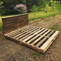 wooden-pallet-platform-bed.jpg (960×960)