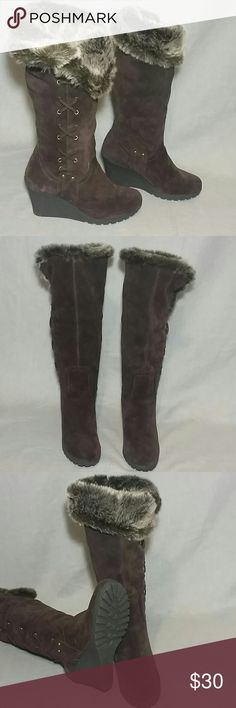 "Women's FIFI Boots Shoes Brown 8.5 M Leather Upper Faux fur item is in a good condition. Measurements tall 17.5"" Heels 3.5"" Calf 7.5"" flat. Boots Shoes Winter & Rain Boots"