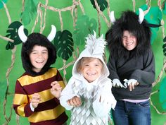 Make the kids a Moishie, Emil or Bernard Wild Thing costume from an old jumper or t-shirt. Halloween Costumes For Kids, Halloween Crafts, Halloween Decorations, Costumes Kids, Halloween Trick Or Treat, Holidays Halloween, Wild Things Costume, Costume Tutorial, Let's Pretend