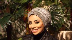 hair wrap scarf tutorial videos How to wear the two pieces velvet turban! Turban Hijab, Turban Mode, Turban Hut, Hair Turban, Turban Style, Turban Headband Tutorial, Baby Turban Headband, Scarf Tutorial, Hair Wrap Scarf