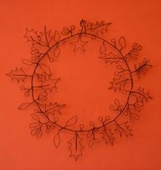 holly wire wreath