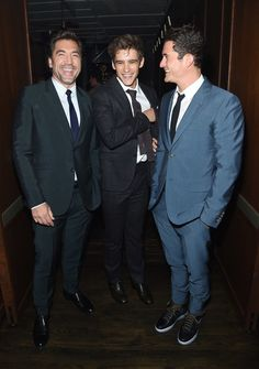 "Javier Bardem Photos Photos - (L-R) Javier Bardem, Brenton Thwaites and Orlando Bloom attend the after party for the screening of ""Pirates Of The Caribbean: Dead Men Tell No Tales"" hosted by The Cinema Society at Chef's Club on May 23, 2017 in New York City. - The Cinema Society Hosts a Screening of 'Pirates of the Caribbean: Dead Men Tell No Tales' - After Party"