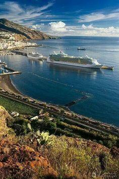 Puerto de Santa Cruz de La Palma.