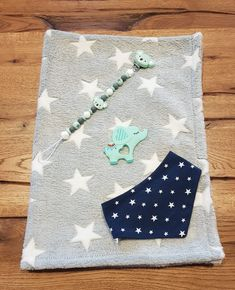 Preis 45.- Office Supplies, Notebook, Kids Rugs, Home Decor, Sink Tops, Kid Friendly Rugs, Notebooks, Stationery, Interior Design