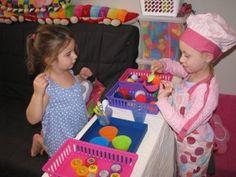 Lots of ideas for setting up an imaginative Play Ice Cream Shop