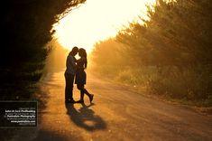 Romantic Pre Wedding Outdoor Photo w Silhouet at Jogja by Poetrafoto Engagement Photographer Indonesia, http://prewedding.poetrafoto.com/romantic-prewedding-engagement-outdoor-silhouet-photo-in-jogja_461