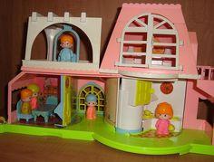 Nooo la casa de Pin y Pon... los amaba...