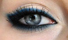 Black/blue eyeliner from Trickmetolife (blog)