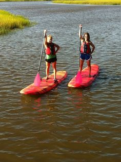 Would you like to see Paddle Boarding tours from Walker's Landing in 2013? Heck YES we would. Rock it.