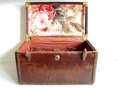 Vintage Samsonite Train Case Luggage - Collectible, Storage, Home Decor, and