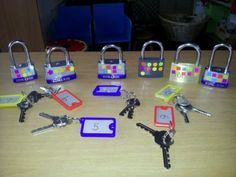 Match sets by matching the numbered key to the lock with the correct number of dots on it. GREAT for fine motor skills and very motivational! Or by padlock in the numicon tile. Or use correct colour stickers on the padlocks. Numbers Preschool, Preschool Learning, Early Learning, In Kindergarten, Teaching, Nursery Activities, Motor Activities, Educational Activities, Early Years Maths