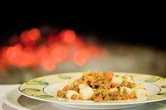 Potato dumplings - gnocchi - with duck sauce Tuscany Food, Tuscan Recipes, Duck Sauce, Dumplings, Gnocchi, Wine Recipes, Grains, Potatoes, Potato