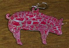 Adorable pig pendant from stockyardstyle.com