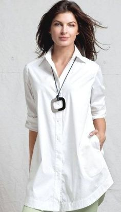 20 White Tunic Shirts for Women 2 20 White Tunic Shirts for Women 2 – Style Female 20s Outfits, Mode Outfits, Casual Outfits, White Shirts Women, Dress Shirts For Women, White Women, Women Tunic, Look Fashion, Fashion Models