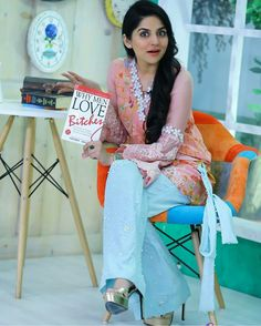From bold colors to embroidered prints to silk clothes, Sanam Baloch dresses have given us an idea how to look trendy every season. Pink Dress, Blue Dresses, Casual Dresses, White Dress, Formal Dresses, Beautiful Models, Beautiful Outfits, Beautiful People, Sanam Baloch Dresses
