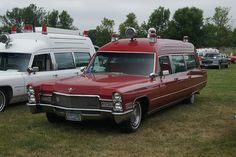 Rescue Vehicles, Police Vehicles, American Ambulance, Street Image, Old Classic Cars, Fire Apparatus, Emergency Vehicles, Public Service, Fire Department
