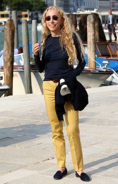 Franca Sozzani Photos Photos: Opening Of The New Contemporary Art Centre - Francois Pinault Foundation 60 Fashion, Sixties Fashion, Fashion Editor, Fashion Over, Colorful Fashion, Womens Fashion, Spring Fashion, Chic Outfits, Fashion Outfits