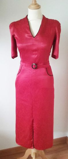 Vintage Shelana of London Red Satin Dress V Neck 3/4 sleeves Elegant Size 6
