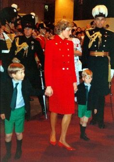 With Mum Princess Diana looking on, Prince Harry and Prince William play with a dog together at the Mediterranean holiday palace of the King Juan Carlos of Spain in Majorca in 1987. Description from pinterest.com. I searched for this on bing.com/images
