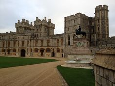 As with many historic sites in the UK, there are far too many wonderful places than can be listed in one article. Ive therefore tried to pick a mixed selection of castles that definitely deserve a visit  forgive me if Ive omitted one of your favourites. Heres a Top