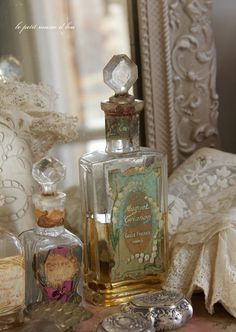 =antique perfume bottle