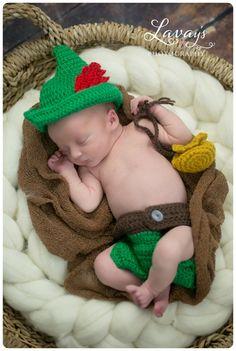 Il sagit dun chapeau de Peter Pan fait main avec des couvre-couche. Idéal pour…