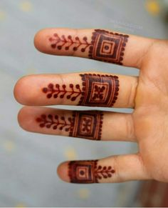 ❤💜💝Follow me on Instagram❣ @imkomal06 💙💚💛💟 Finger Henna Designs, Beginner Henna Designs, Mehndi Designs For Fingers, Henna Tattoo Designs, Mehndi Designs 2018, Stylish Mehndi Designs, Wedding Mehndi Designs, Beautiful Henna Designs, Mehndi Design Pictures