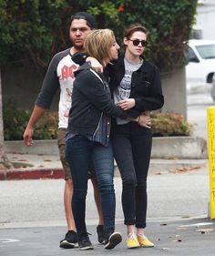 Pin for Later: Kristen Stewart and Alicia Cargile Cannot Keep Their Hands Off Each Other