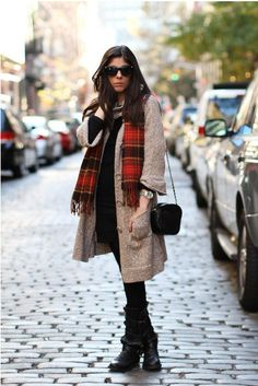 Plaid Wool Blend Scarves,White and Red Plaid Print Scarf for girls,  #plaid #wool #girls #fashion www.loveitsomuch.com