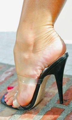 women feet sandals high heels no straps Strappy High Heels, Sexy Sandals, Hot High Heels, Bare Foot Sandals, Stiletto Heels, Beautiful High Heels, Gorgeous Feet, Talons Sexy, Sexy Legs And Heels