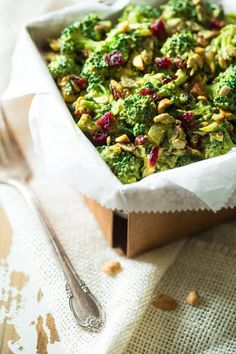 17. Broccoli Salad With Cashew Curry Dressing #paleo #lunch #recipes http://greatist.com/eat/paleo-lunch-recipes
