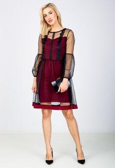 Elegantné krátke čierne šaty s bordovou podšívkou - ROUZIT.SK Cold Shoulder Dress, Dresses, Fashion, Vestidos, Moda, Fashion Styles, Dress, Fashion Illustrations, Gown