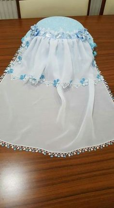 Perm, Hairstyle Trends, Gif Terror, Moda Emo, Needle Lace, Diy And Crafts, Flower Girl Dresses, Wedding Dresses, Baby