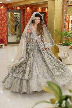 kashee's bridal dresses 2019 with price. Kashee's Online Shopping in Pakistan lehnga and kurti Dresses price. Kashee's bridal Boutique and Makeup Anarkali Bridal, Wedding Lehnga, Indian Wedding Gowns, Pakistani Bridal Dresses, Bridal Gowns, Pakistani Suits, Bridle Dress, Pakistan Bridal, Bridal Lehngas
